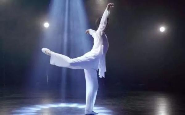 男孩子学中国舞