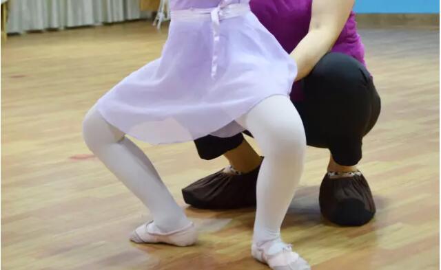 艺朝艺夕少儿舞蹈培训8.jpeg