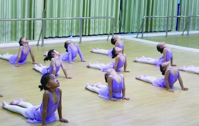 舞蹈考级好不好.jpeg