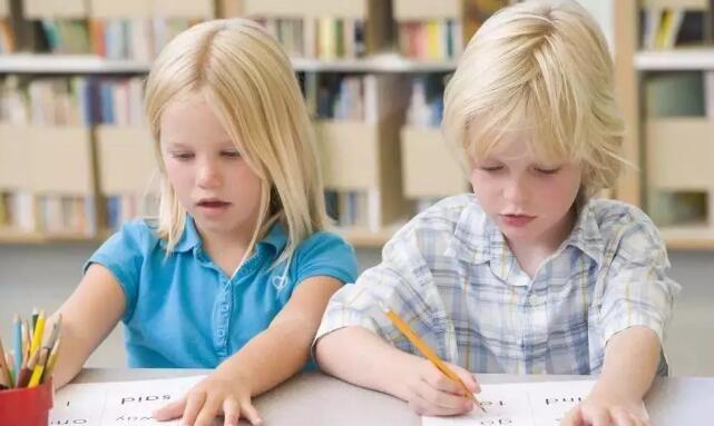如何提升孩子英语学习成绩.jpeg