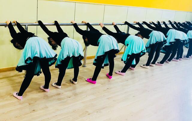 少儿舞蹈培训基本功.jpeg