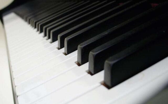 儿童钢琴培训.jpeg