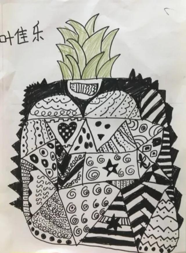 线描菠萝.jpeg