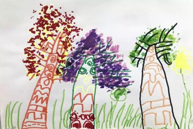 幼儿学画画.jpeg