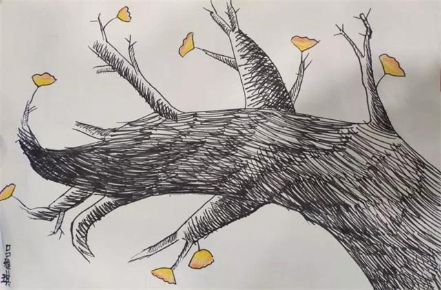 秋天里的银杏树.jpeg