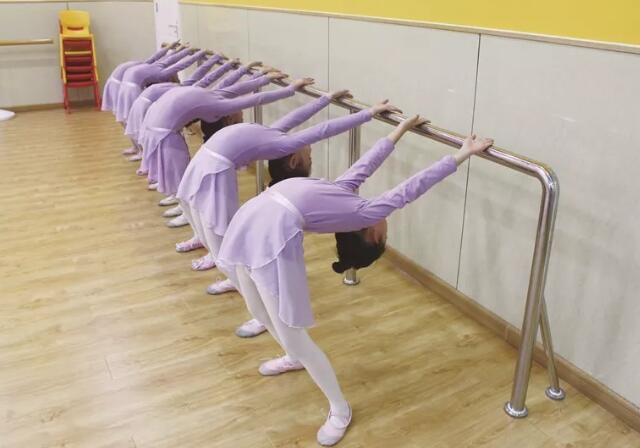 舞蹈培训班有必要报名吗.jpeg