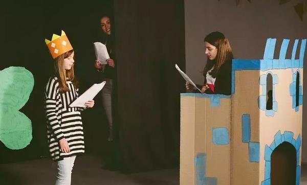 孩子学表演的好处.jpeg