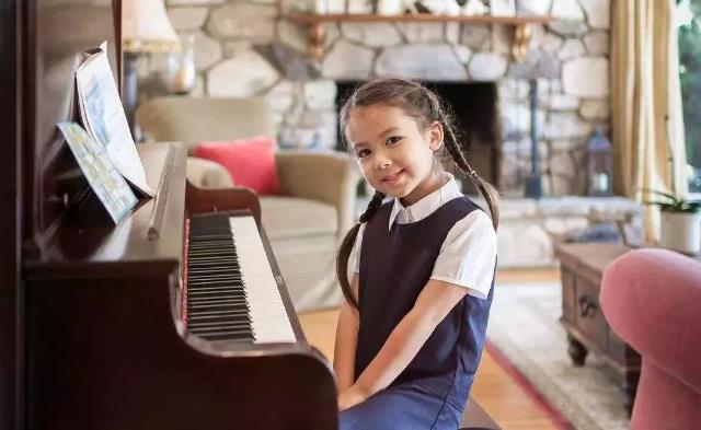 孩子学钢琴爸妈怎么做.jpeg