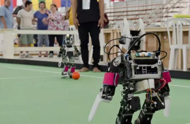 乐高机器人.jpeg