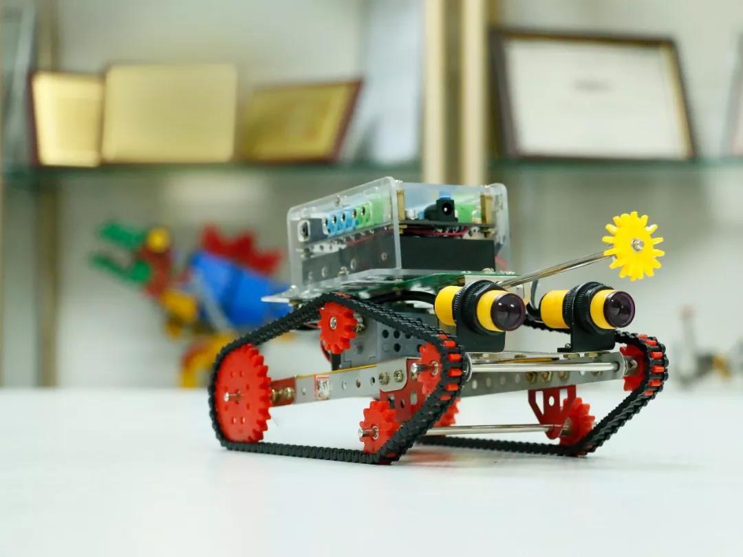 机器人编程教育.jpeg