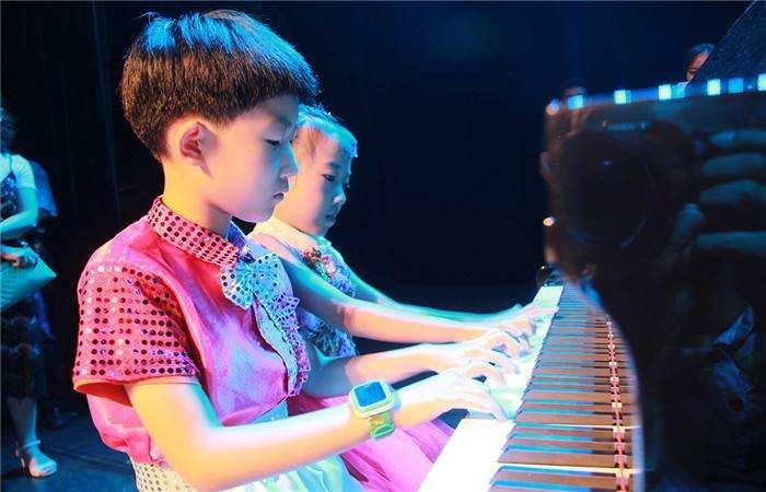 6-7岁的男孩子学什么乐器好.jpeg