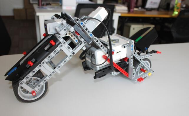 克乐思乐高机器人编程课程.jpeg