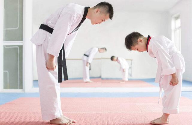 杭州少儿跆拳道学校.jpeg