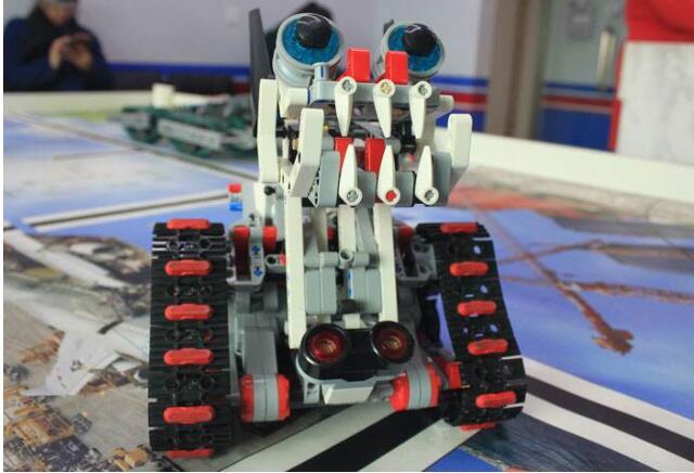 克乐思乐高机器人课程.jpeg