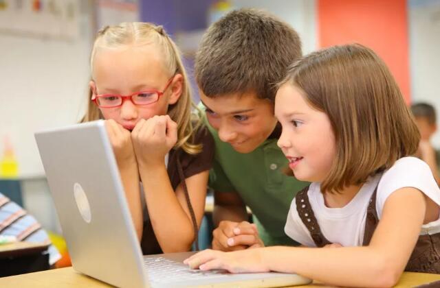 孩子学编程多少钱一节课